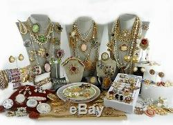 125 Huge Vintage Costume Jewelry Lot Brooch Rhinestone Estate Signed High LBS