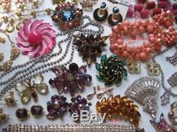 128 pc Vtg HIGH END Rhinestone BROOCH Necklace BRACELET Earring RING Lot