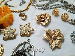 ALL Vintage High End Jewelry Lot Brooch Mixed Old Costume some Signed 30++ Piec