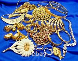 All Signed Monet Vintage Jewelry Lot-necklaces Brooches Earrings Bracelets-20 Pc