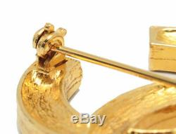 Auth CHANEL Vintage Brooch CC logo Rhinestones Gold tone Free shipping #11848