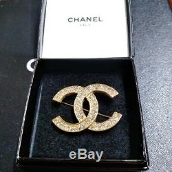 Authentic Vintage CHANEL BROOCH Yellow Gold Plated Rhinestone CC Logo with Box