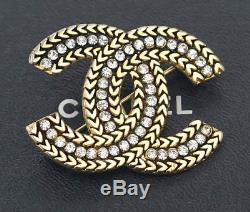 CHANEL CC Logo Rhinestone Brooch Gold Tone Pin Vintage Crystal v738