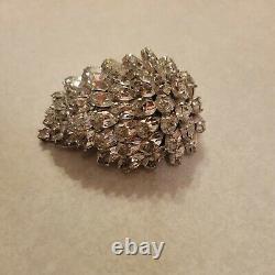 Christian dior by kramer brooch Vintage
