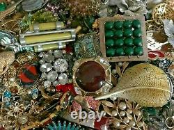 Estate / 10 Pounds / Estate Brooches/Pins / Resale/ Sparkle / Vintage/Mod