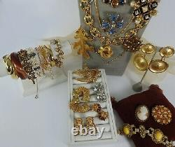 High Quality Vintage Lot Necklaces Brooches Bracelet Earrings Rhinestones Cameo