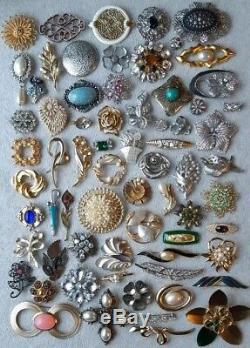 Huge Lot Of Vintage Jewelry ALL BROOCHES Wearable And In Great Shape Rhinestones