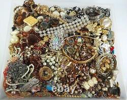 Huge Vintage Now Jewelry Lot Rhinestone Necklace Bracelet Earrings Brooch 21LBS