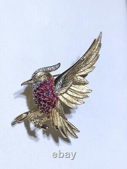 Marcel Boucher rhinestone three dimensional bird eagle brooch pin vintage