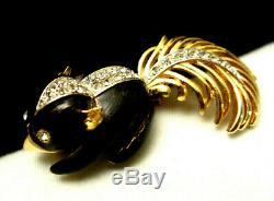 Rare Vintage 1-3/4 Signed/Numbered Boucher Enamel Rhinestone Skunk Brooch A3