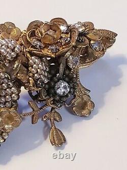 Rare Vintage 2.5 Signed Miriam Haskell (Horseshoe) Rhinestone Pearl Brooch