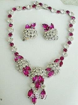 Rare Vintage Kramer Parure Set Necklace -brooch -earrings Runway Set