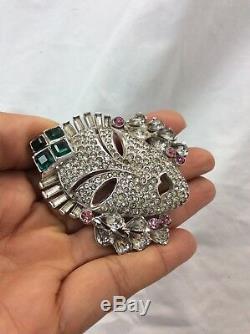 Unsigned Vtg Mazer Rhinestone Mask Fur Clip Silver tone pin brooch