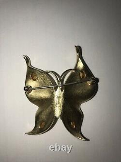 VINTAGE CROWN TRIFARI LARGE BUTTERFLY BROOCH / CLIP EARRINGS GOLD w RHINESTONES