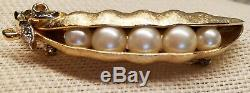 Vintage 1960's Signed CROWN TRIFARI PEA POD Pearls Pin Brooch Brushed Gold Tone