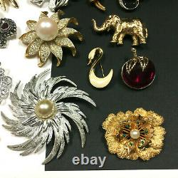 Vintage ALL Signed Brooch Jewelry LOT Trifari Coro Monet Rhinestone Pearl MM19V