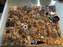 Vintage Brooch Lot 80 Pieces J. J/ Ultracraft/ Avon/ Gerry's/ Ceno / Sarah Cov
