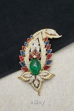 Vintage Crown Trifari 1965 Jewels Of India Paisley Brooch Pin