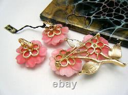 Vintage Crown Trifari Brooch Earring Set Pink Plastic Flowers Enamel Orig Tag