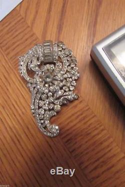 Vintage Crown Trifari Clear Rhinestone Flower Fur Clip Brooch Early Philippe