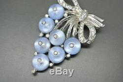 Vintage Crown Trifari blue cabochon rhinestone grape berry dress clip Brooch