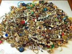 Vintage Now Jewelry 10 Lbs Lot Junk Harvest DIY Rhinestone Brooch Chain Bead Art