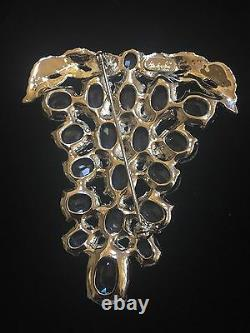 Vintage Rare EISENBERG ICE large Brooch with Crystal Rhinestone Grapes in Silver