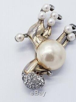 Vintage Rare Signed CROWN TRIFARI Pat Pend Poodle Dog Brooch Jelly Belly Pearl