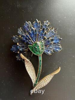 Vintage Rare Trifari Invisible Set Carnation Brooch