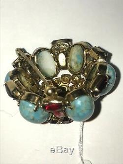Vintage Schreiner Rhinestone costume jewelry pin Brooch