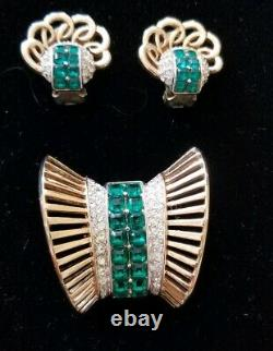 Vintage Signed Boucher Green & Clear Rhinestone Broach and Earings 3125, 3113