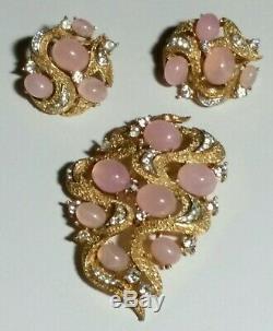 Vintage Signed Crown Trifari Under The Sea Pink Cabochon Brooch Earrings Set