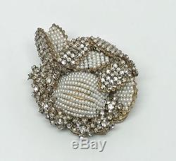 Vintage Signed Miriam Haskell Rhinestone & Seeded Pearl Pin Brooch