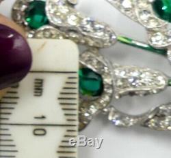Vintage Trifari 1940's green rhinestone lily flower brooch/pin