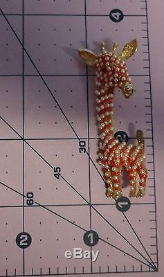 Vintage Unsigned Hattie Carnegie Pearls Rhinestone Giraffe Pin Brooch