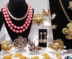 Vntg 68 Pc Lot High End Rhinestone Designer Costume Jewelry Brooches Necklaces &