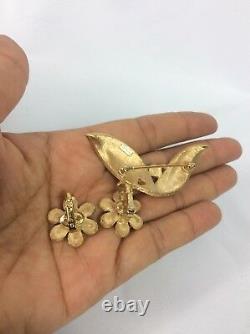 Vtg Crown Trifari Faux Emerald Rhinestone Gold tone pin brooch Clip Earrings Set